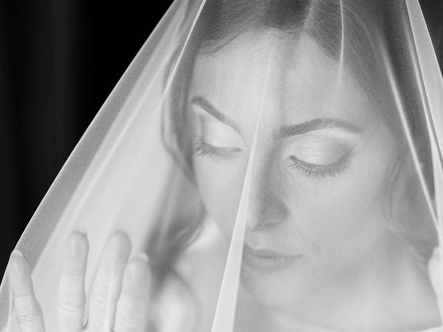 Il matrimonio di Angela e Gennaro a Frattamaggiore, Napoli 16