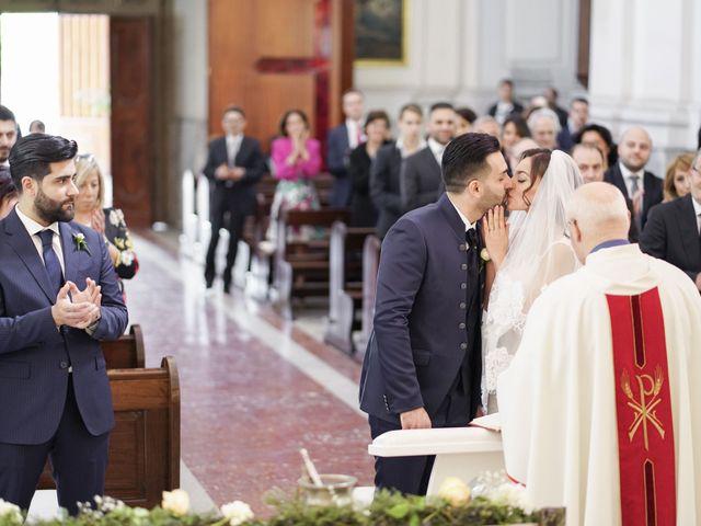 Il matrimonio di Angela e Gennaro a Frattamaggiore, Napoli 31