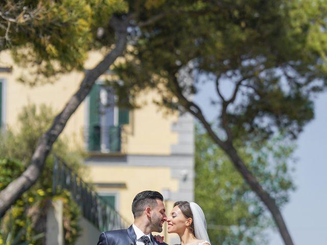 Il matrimonio di Angela e Gennaro a Frattamaggiore, Napoli 35