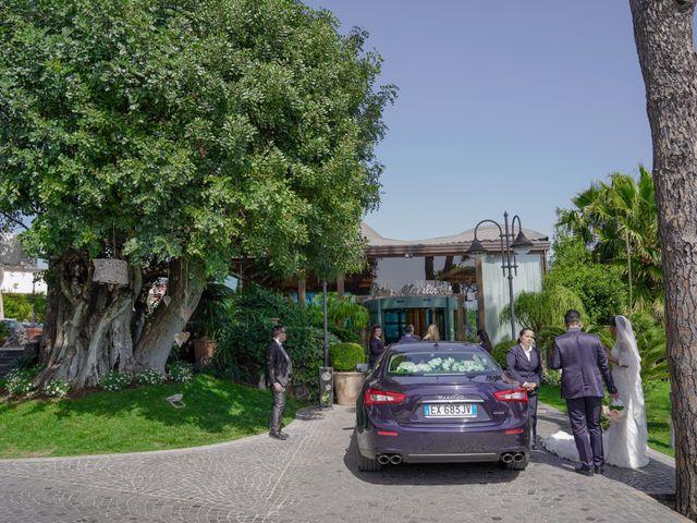 Il matrimonio di Angela e Gennaro a Frattamaggiore, Napoli 54