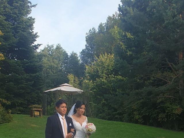 Il matrimonio di Simone e Yadira a Monvalle, Varese 3