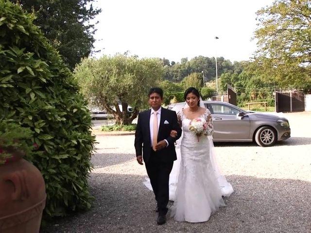 Il matrimonio di Simone e Yadira a Monvalle, Varese 1
