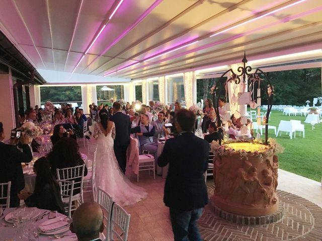 Il matrimonio di Simone e Yadira a Monvalle, Varese 4