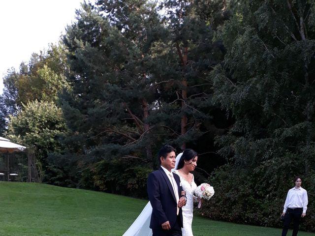 Il matrimonio di Simone e Yadira a Monvalle, Varese 18