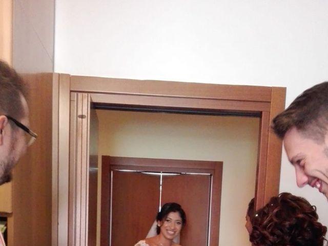 Il matrimonio di Simone e Yadira a Monvalle, Varese 19