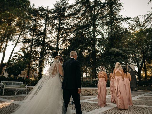Il matrimonio di Nicolò e Debora a Casteltermini, Agrigento 32