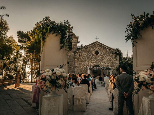 Il matrimonio di Nicolò e Debora a Casteltermini, Agrigento 35