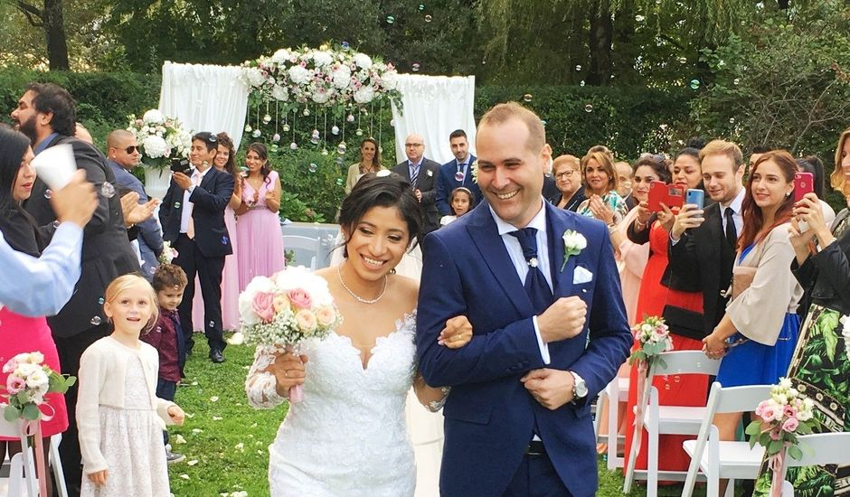 Il matrimonio di Simone e Yadira a Monvalle, Varese
