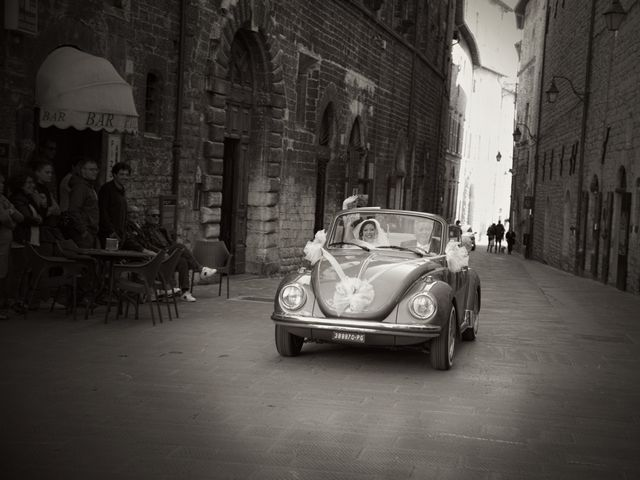 Il matrimonio di Daniele e Valantina a Gubbio, Perugia 17