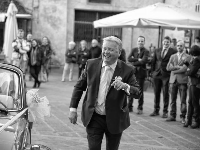 Il matrimonio di Daniele e Valantina a Gubbio, Perugia 18