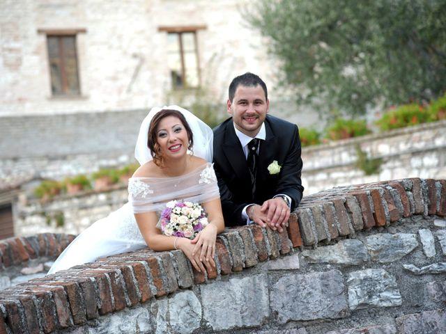 Il matrimonio di Daniele e Valantina a Gubbio, Perugia 29