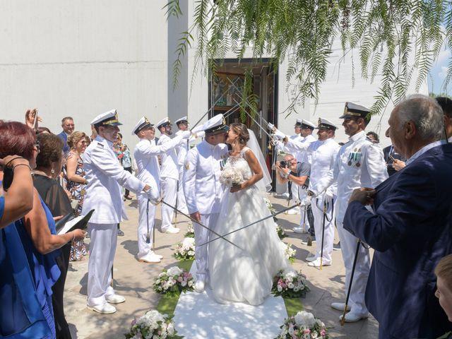 Il matrimonio di Giovanni e Serena a Manfredonia, Foggia 19