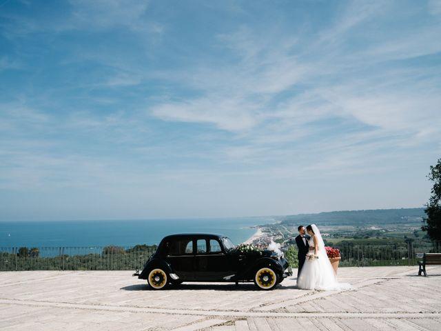 Il matrimonio di Marco e Elena a Fossacesia, Chieti 35