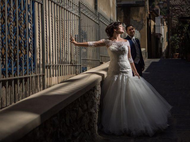 Il matrimonio di Mirko e Simona a Gioia Tauro, Reggio Calabria 20