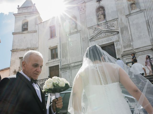Il matrimonio di Giuseppe e Piera a Isola di Capo Rizzuto, Crotone 23
