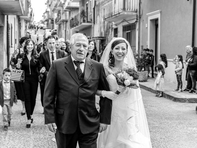 Il matrimonio di Lorenzo e Chiara a Raddusa, Catania 30
