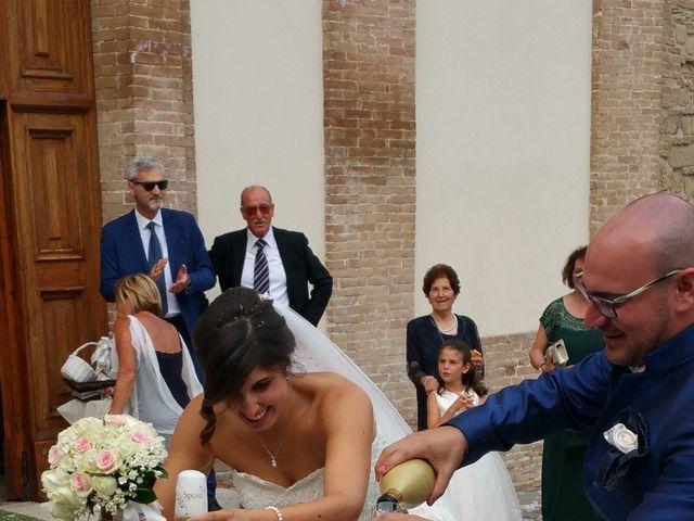Il matrimonio di Fabrizio e Sara a Castelraimondo, Macerata 17