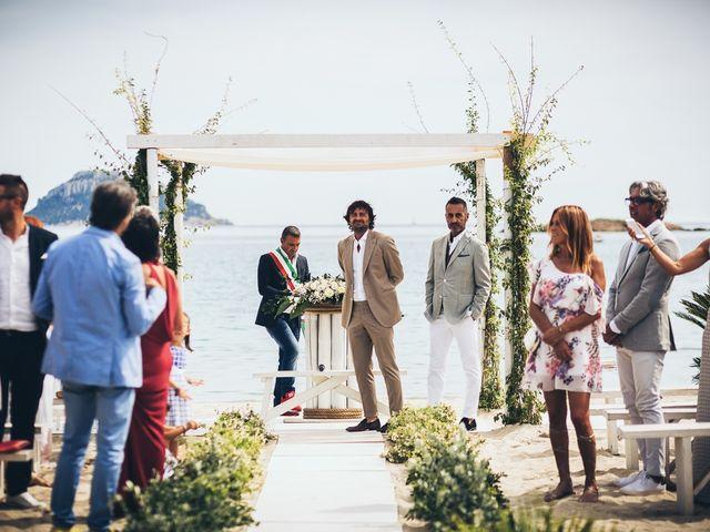 Il matrimonio di Claudio e Deborah a Golfo Aranci, Sassari 42