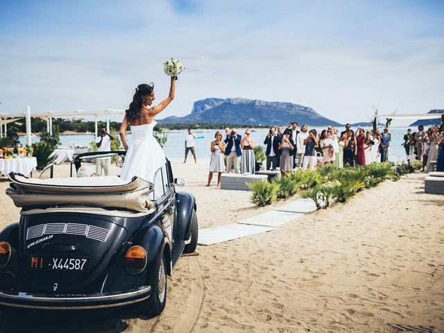 Il matrimonio di Claudio e Deborah a Golfo Aranci, Sassari 43