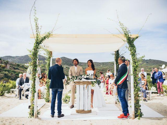 Il matrimonio di Claudio e Deborah a Golfo Aranci, Sassari 47