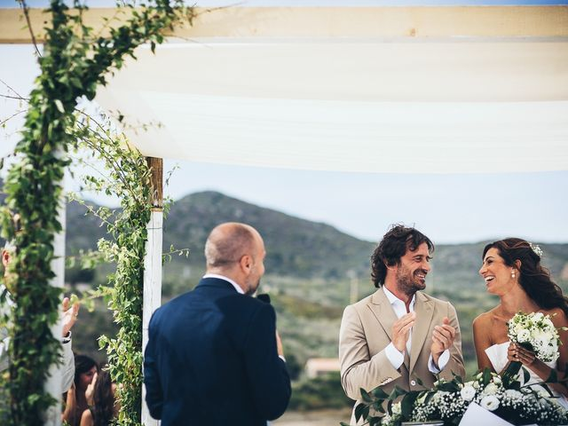 Il matrimonio di Claudio e Deborah a Golfo Aranci, Sassari 48
