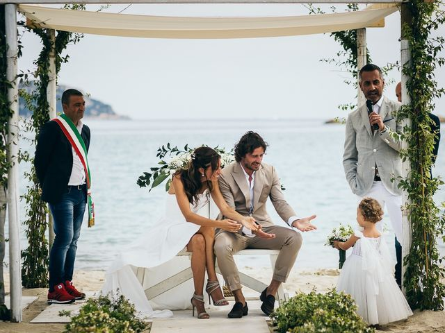 Il matrimonio di Claudio e Deborah a Golfo Aranci, Sassari 50