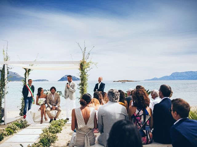 Il matrimonio di Claudio e Deborah a Golfo Aranci, Sassari 52