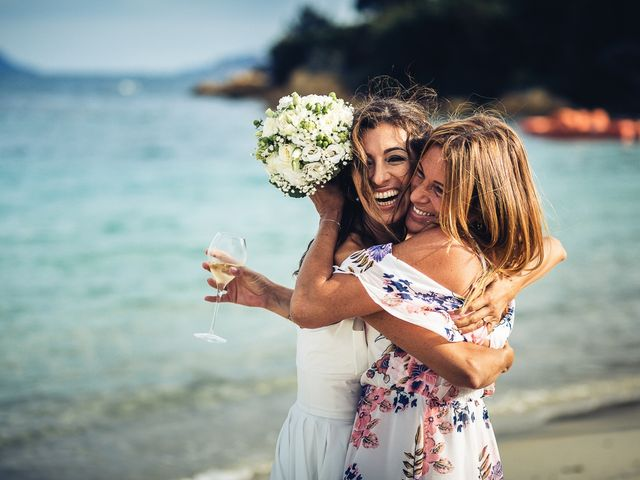 Il matrimonio di Claudio e Deborah a Golfo Aranci, Sassari 85
