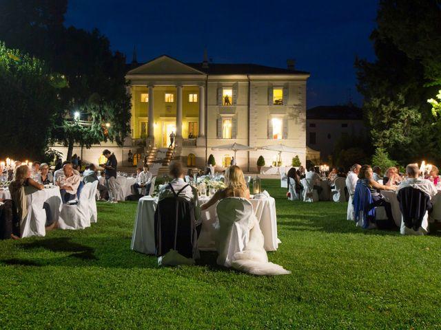 Il matrimonio di Lorenzo e Elisa a Porto Mantovano, Mantova 7