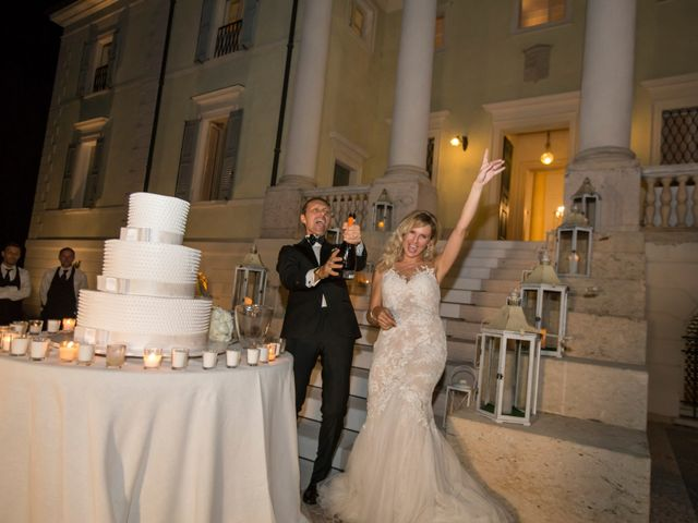 Il matrimonio di Lorenzo e Elisa a Porto Mantovano, Mantova 13