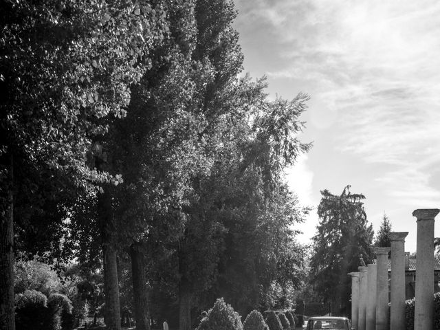 Il matrimonio di Lorenzo e Elisa a Porto Mantovano, Mantova 26