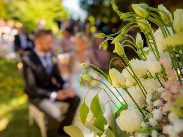 Il matrimonio di Marco e Francesca a Erba, Como 30