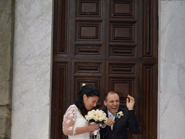 Il matrimonio di Francesco e Rita a Montecarlo, Lucca 38