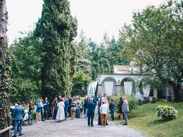 Il matrimonio di Giovanni e Valentina a Pontremoli, Massa Carrara 32