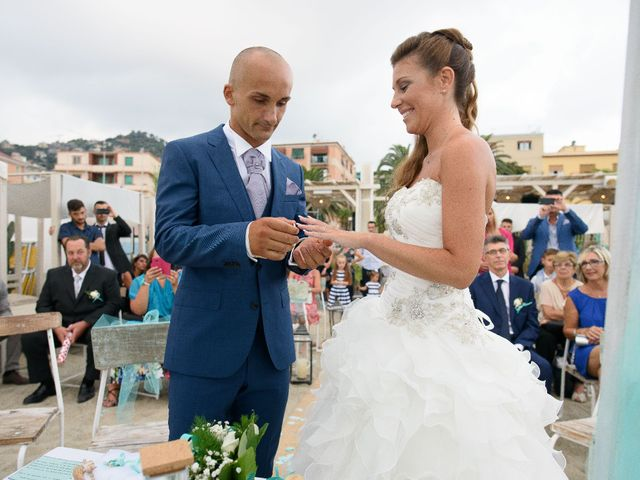 Il matrimonio di Fabio e Sara a Albissola Marina, Savona 20