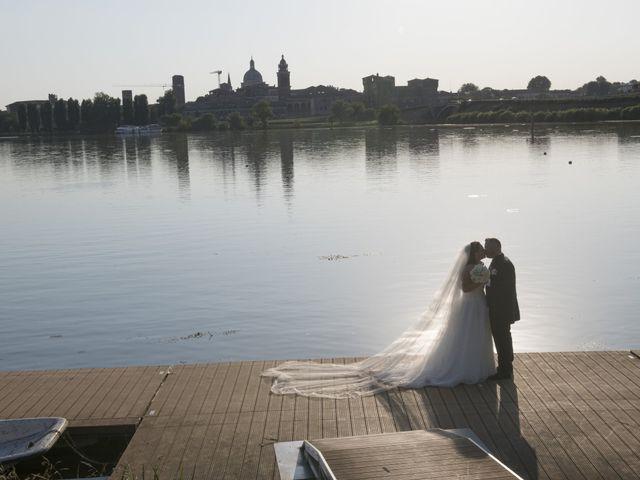 Il matrimonio di Valentina e Nicolas a Bagnolo San Vito, Mantova 5