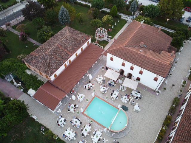 Il matrimonio di Valentina e Nicolas a Bagnolo San Vito, Mantova 9