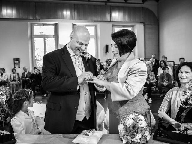 Il matrimonio di Massi e Manola a Pontirolo Nuovo, Bergamo 28
