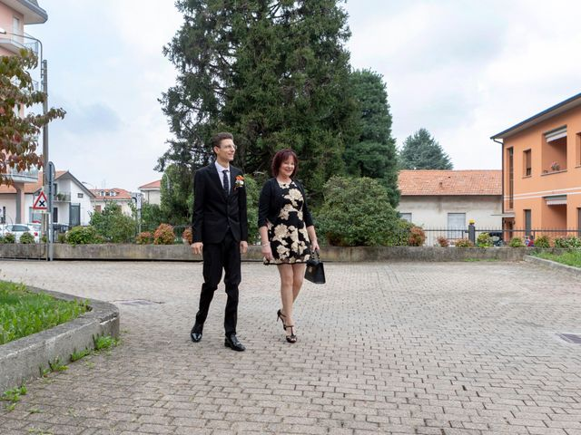Il matrimonio di Simone e Jana a Misinto, Monza e Brianza 20
