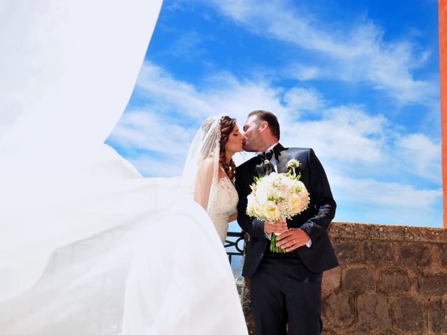 Il matrimonio di Mariano e Veronica a Torre del Greco, Napoli 8