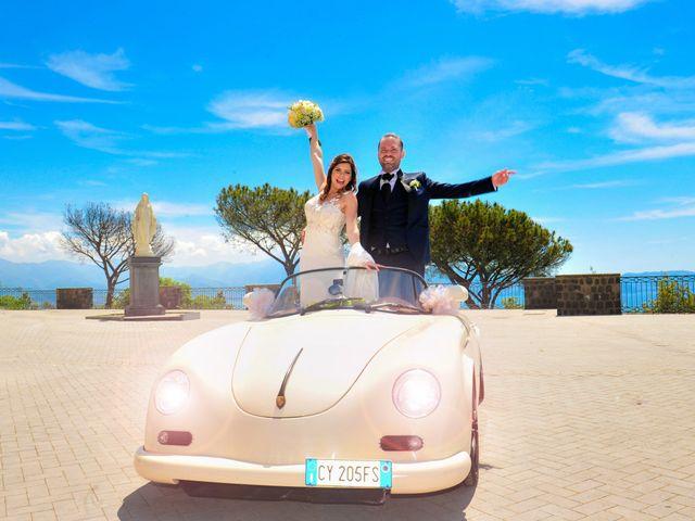 Il matrimonio di Mariano e Veronica a Torre del Greco, Napoli 10