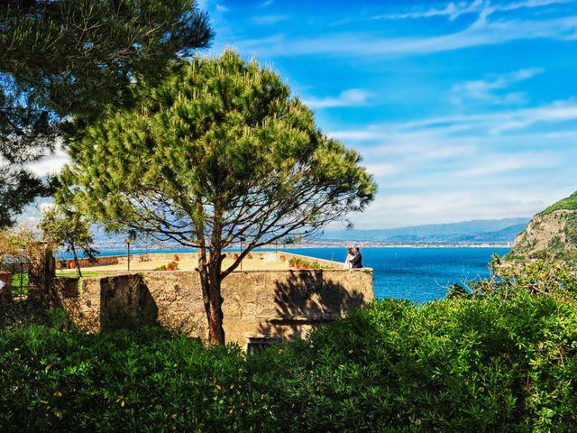 Il matrimonio di Mariano e Veronica a Torre del Greco, Napoli 14