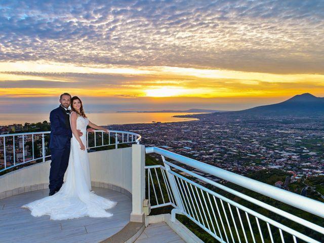 Il matrimonio di Mariano e Veronica a Torre del Greco, Napoli 22