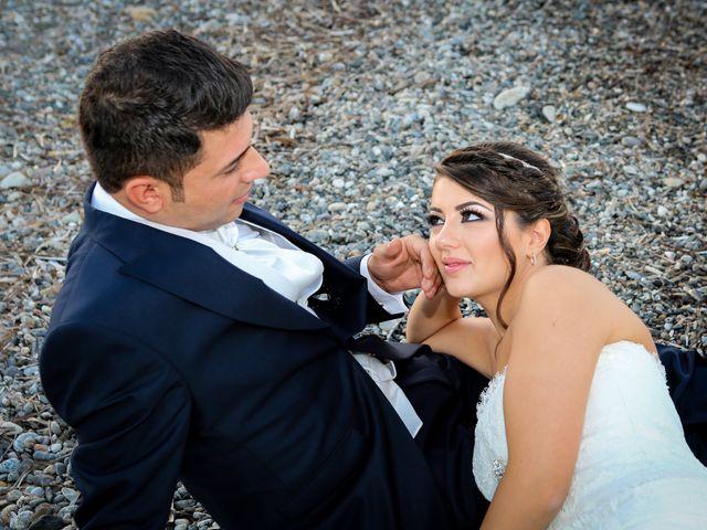 Il matrimonio di Nicodemo e Giusy a Cirò Marina, Crotone 17
