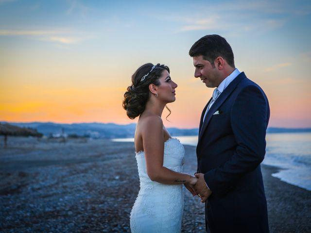 Il matrimonio di Nicodemo e Giusy a Cirò Marina, Crotone 29