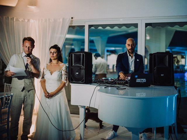 Il matrimonio di Milo e Maria a Napoli, Napoli 81