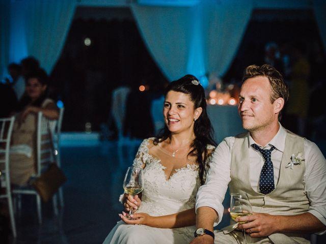 Il matrimonio di Milo e Maria a Napoli, Napoli 83