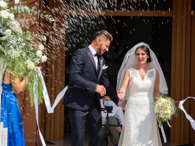 Il matrimonio di Giuseppe e Angela a Gravina in Puglia, Bari 15