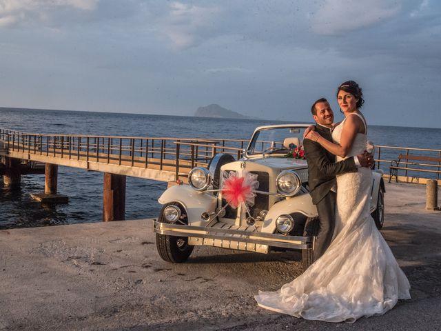 Il matrimonio di Nino e Lisa a Lipari, Messina 9