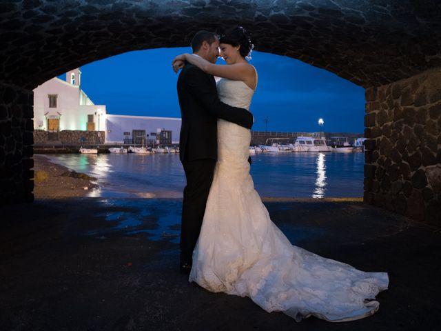 Il matrimonio di Nino e Lisa a Lipari, Messina 10